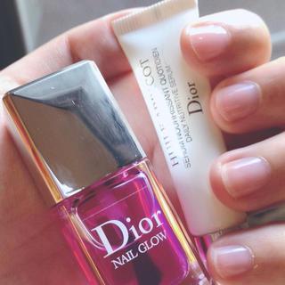 クリスチャンディオール(Christian Dior)のディオール💕未使用人気色ネイルグロウ10ミリ💕(マニキュア)