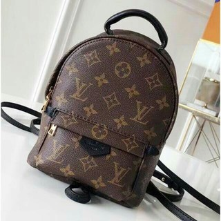 LOUIS VUITTON - ルイヴィトン   リュックリュックサック