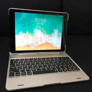 アイパッド(iPad)のipad 第6世代 32GB スペースグレイ SIMフリー キーボード付(タブレット)