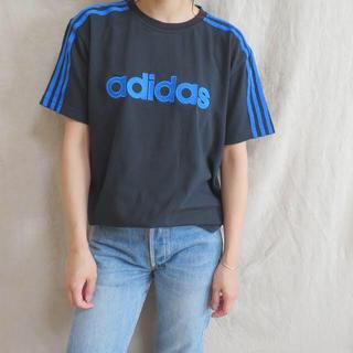 アディダス(adidas)の90s adidas 黒×青ライン Tシャツ ロゴ刺繍 vintage(Tシャツ(半袖/袖なし))