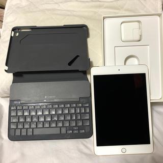 アップル(Apple)のiPad mini4 ゴールド 64gb au キーボードケース付き(タブレット)