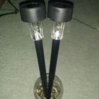ガーデンソーラーライト2本(新品未使用)(蛍光灯/電球)