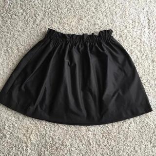 ザラ(ZARA)の黒ギャザースカート(ミニスカート)