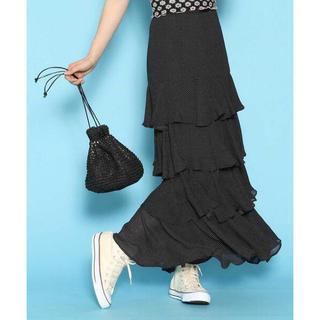 ミーアンドミークチュール(me & me couture)のme couture♡プチドットティアードスカート(ロングスカート)