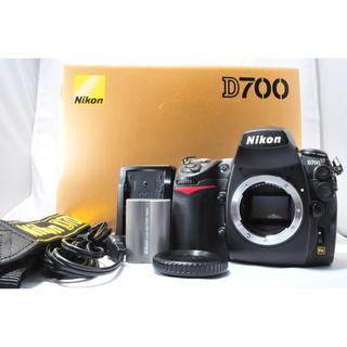 ニコン(Nikon)のワンオーナーのほぼ新品級 NIKON ニコン D700 ボディ S数5290回♪(デジタル一眼)