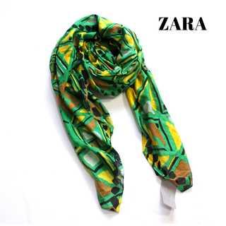 ザラ(ZARA)のタグ付き 新品★ザラ★幾何学 大判スカーフ 緑 ストール ショール(バンダナ/スカーフ)