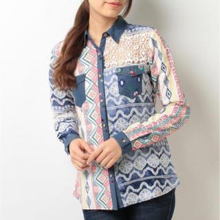 デシグアル(DESIGUAL)の新品♡定価15900円 デシグアル ハンドメイド刺繍&レースシャツ (シャツ/ブラウス(長袖/七分))