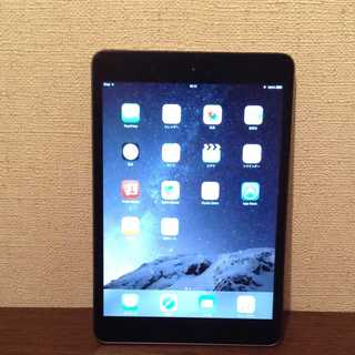 アップル(Apple)の他にも色々出品しています iPad mini Apple アップル 黒(タブレット)