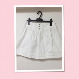 アベニールエトワール(Aveniretoile)のビジューボタン♡スカート(ミニスカート)