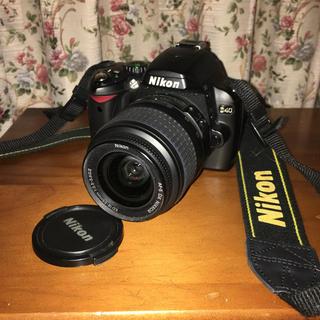 ニコン(Nikon)の噂の名機 NIKON D40標準レンズ キット(デジタル一眼)