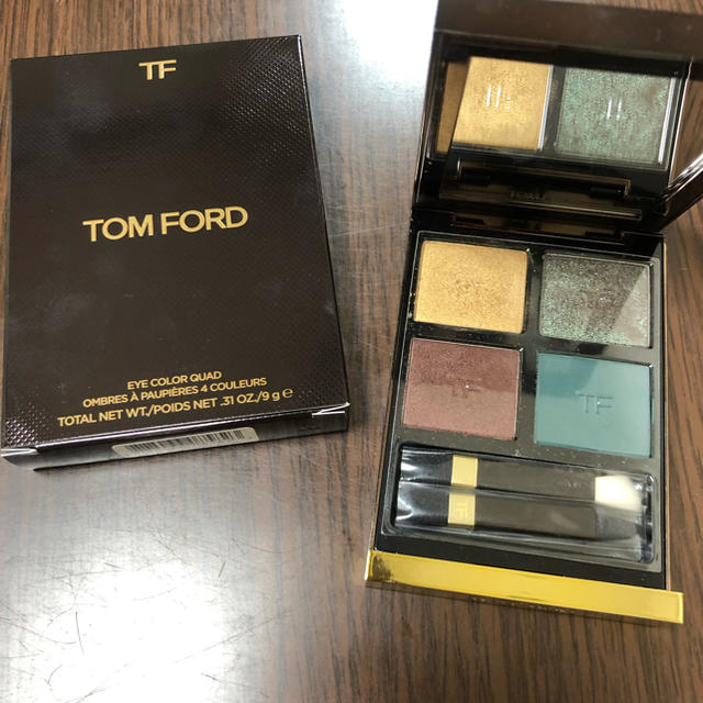 TOM FORD(トムフォード)のアイカラークォード フォトシンセックス コスメ/美容のベースメイク/化粧品(アイシャドウ)の商品写真