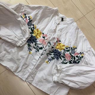 ザラ(ZARA)のZARA 花柄刺繍 ブラウス 36 S(シャツ/ブラウス(長袖/七分))