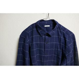 ユニクロ(UNIQLO)のラインチェック 紺 シャツ(シャツ)