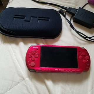 PSP 本体 3000 ラディアントレッド カセット 色々セット🌸💕