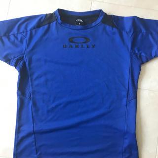 オークリー(Oakley)のOAKLEY Tシャツ(Tシャツ/カットソー)