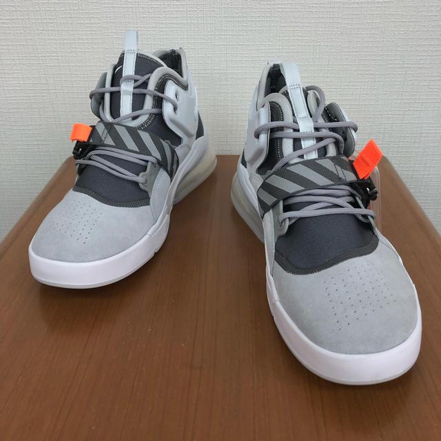 NIKE(ナイキ)のナイキ エア ホース270 新品 28.5cm メンズの靴/シューズ(スニーカー)の商品写真