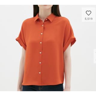 ジーユー(GU)のGU エアリーシャツ(半袖) オレンジ(シャツ/ブラウス(半袖/袖なし))