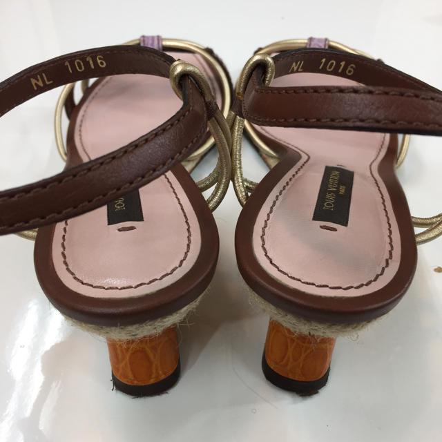 LOUIS VUITTON(ルイヴィトン)のLOUIS VUITTON ウエッジソール ローヒールサンダル(約22.0cm) レディースの靴/シューズ(サンダル)の商品写真
