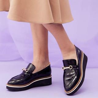 マーキュリーデュオ(MERCURYDUO)のMERCURYDUO ビットポイント厚底ローファー(ローファー/革靴)