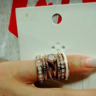 エイチアンドエム(H&M)のリング7個セット(リング(指輪))