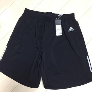 アディダス(adidas)の新品未使用 adidasハーフパンツ 黒 xo7(ハーフパンツ)
