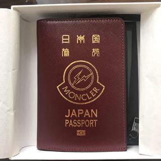 モンクレール(MONCLER)のmoncler  fragment パスポートケース(コインケース/小銭入れ)