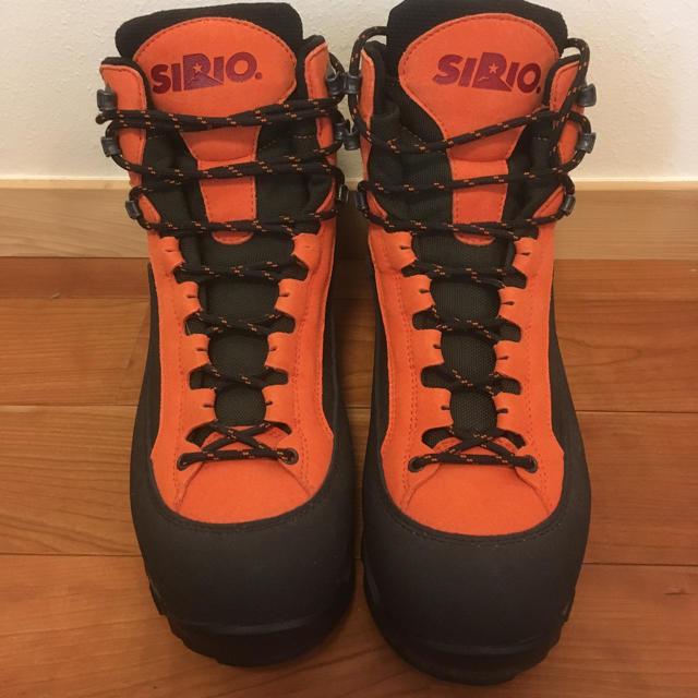 SIRIO(シリオ)の未使用 SIRIO ゴアテックス トレッキングシューズ 26.0 スポーツ/アウトドアのアウトドア(登山用品)の商品写真