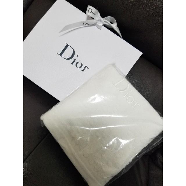 Dior(ディオール)のDiorオリジナルタオル インテリア/住まい/日用品の日用品/生活雑貨/旅行(タオル/バス用品)の商品写真
