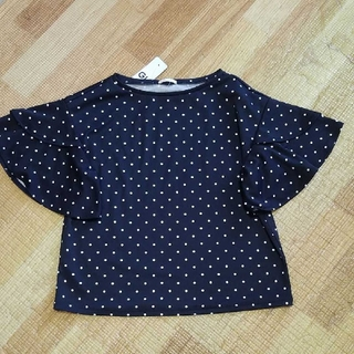 ジーユー(GU)の新品タグ付きドットフリルスリープ(シャツ/ブラウス(半袖/袖なし))
