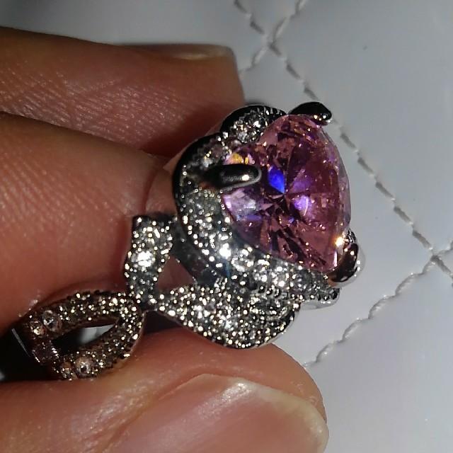 ピンク ハート リング レディースのアクセサリー(リング(指輪))の商品写真