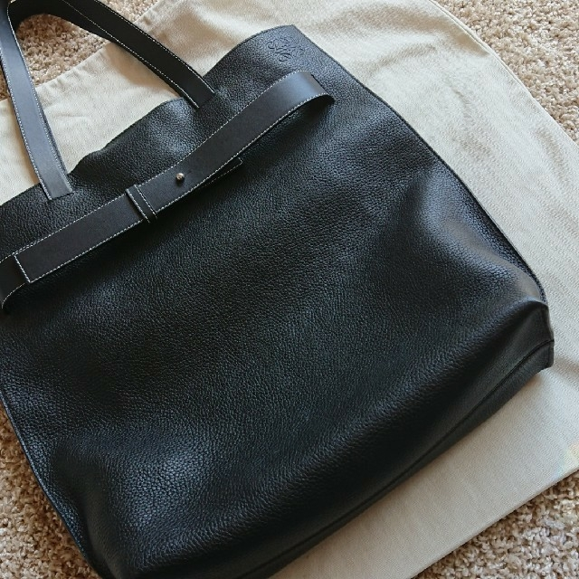 LOEWE(ロエベ)の短足マシーンさん専用    ロエベ  正規品  トートバッグ  新品 メンズのバッグ(トートバッグ)の商品写真