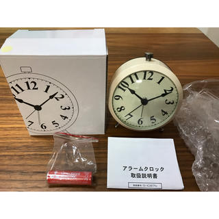 フランフラン(Francfranc)のフランフラン 新品 未使用 目覚まし時計 置き時計 アンティーク 調 アイボリー(置時計)