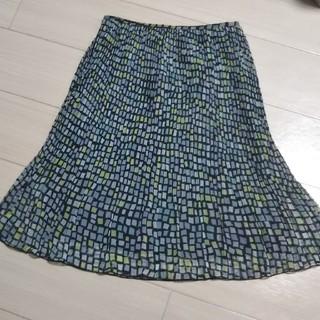 ヨンドシー(4℃)の☆プリーツスカート☆(ひざ丈スカート)