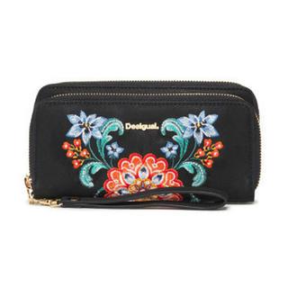 デシグアル(DESIGUAL)の新品♡デシグアル ウォレット 財布 ブラック刺繍 ⭐️ラスト一点 (財布)