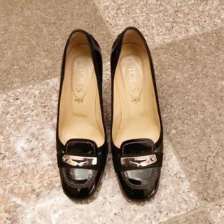 トッズ(TOD'S)のお値下げ美品 トッズ ドライビング美脚 パンプス35(ローファー/革靴)
