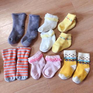 ユニクロ(UNIQLO)の新生児 赤ちゃん 靴下 ソックス くつ下 女の子 男の子 まとめ売り(靴下/タイツ)