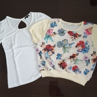 ミスティウーマン(mysty woman)の花柄Tシャツ  2枚セット(Tシャツ(半袖/袖なし))
