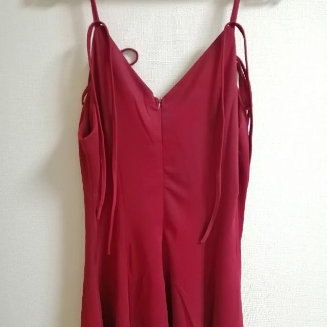 ZARA(ザラ)のキャミワンピ キャバドレス  肩ひも ワンピース サテン 背中あき 赤 Vネック レディースのワンピース(ミニワンピース)の商品写真