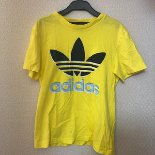 アディダス(adidas)のadidas ティシャツ(Tシャツ/カットソー(半袖/袖なし))