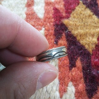 インディアン(Indian)のインディアンジュエリー ナバホ族 チゼルワーク スタンプワーク シルバーリング(リング(指輪))