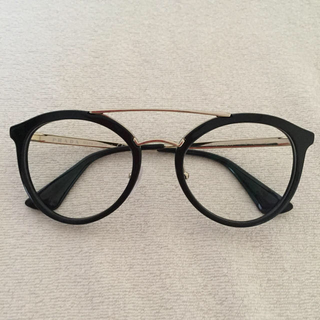 7338c1b1bc2f プラダ(PRADA)のPRPDA クラシック ブリッジ 眼鏡 UVカットレンズ入り(サングラス/