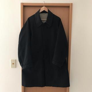 コモリ(COMOLI)のArts & science コート ブラック サイズ2(ステンカラーコート)