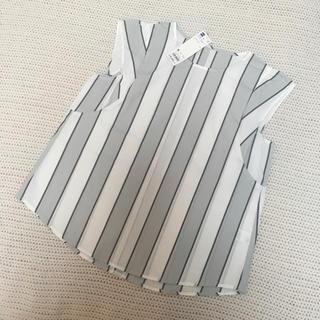 ジーユー(GU)の新品 タグ付き GU ブラウス Mサイズ ストライプ柄(シャツ/ブラウス(半袖/袖なし))