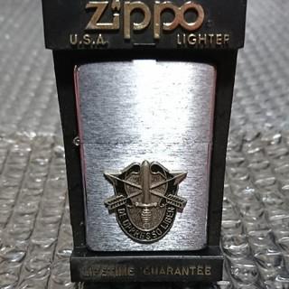 ジッポー(ZIPPO)の94年製 ZIPPO グリーンベレークレスト メタル貼り(タバコグッズ)