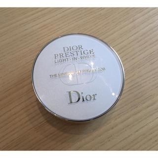 ディオール(Dior)の【美品】ディオール プレステージ ホワイトルプロテクターUVミネラルコンパクト(化粧下地)