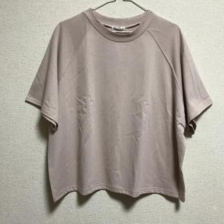 シマムラ(しまむら)のベージュ Tシャツ(Tシャツ(半袖/袖なし))
