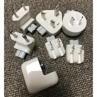アップル(Apple)のapple 海外 変換 プラグ アダプター 純正(変圧器/アダプター)