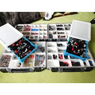 レゴ(Lego)のLEGO テクニック・機械系パーツ・透明パーツ・ミニフィグ等詰合(ケース付)(その他)