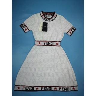 bcf82a474da69 フェンディ(FENDI)のフェンディ Fendi ワンピース ドレス 白 ロゴ S 正規品(その他