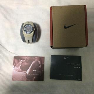 ナイキ(NIKE)の未使用 ナイキ 腕時計 WX0017 201 ベージュ NIKE レア?貴重?(腕時計)